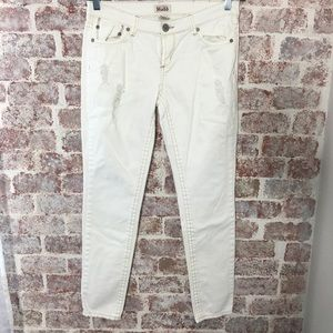 WINTER WHITE DISTRESSED SKINNY JEANS